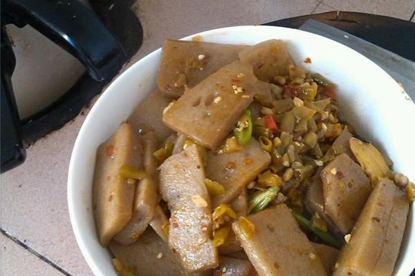 酸辣魔芋豆腐的做法 酸辣魔芋豆腐怎么做如何做好吃 酸辣魔芋豆腐家