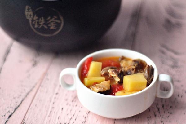 番茄土豆炖牛腩#铁釜烧饭就是香#的做法