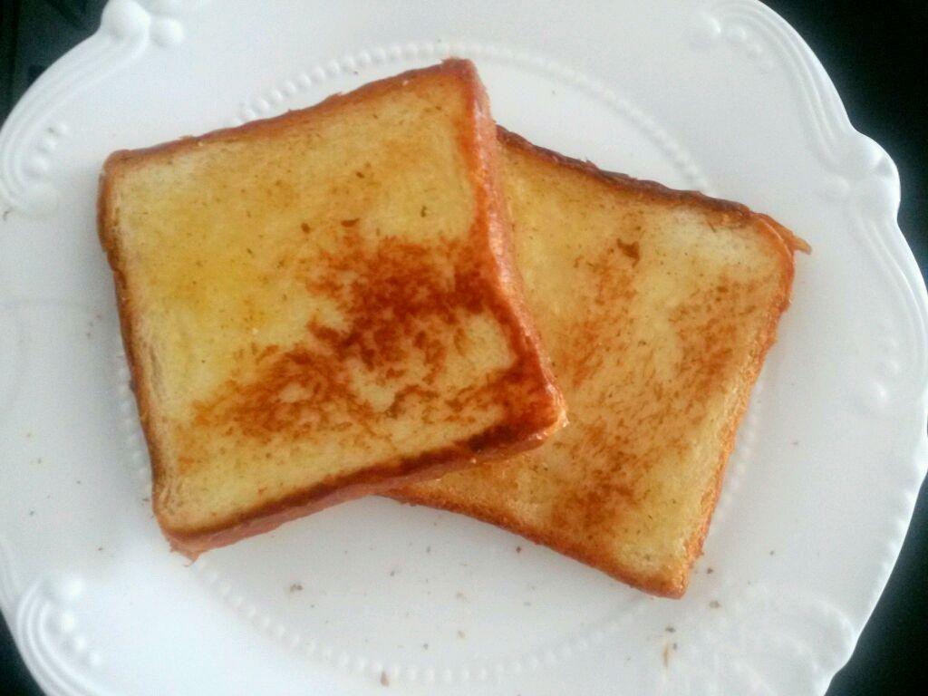 快手早餐--芝士鸡蛋烤吐司的做法图解3