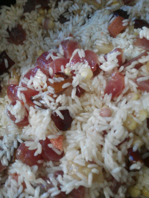 腊肠焖糯米饭的做法图解2