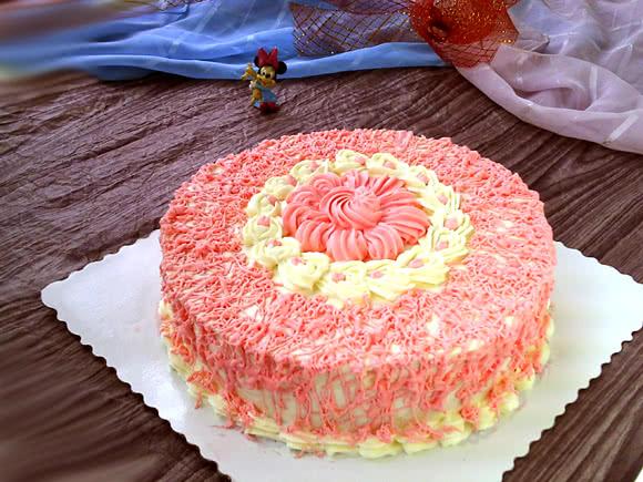 裱花蛋糕:粉色记忆#约会mof#的做法步骤
