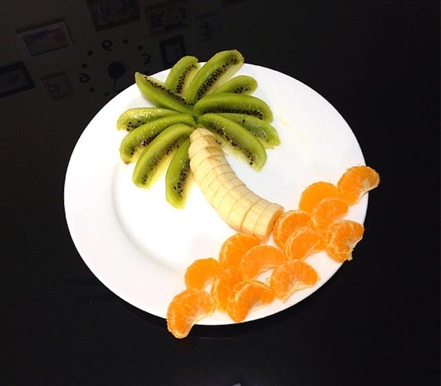 扫一扫 边看边做更方便 主料 1个 半根 小橘子一个半 椰岛风水果拼盘