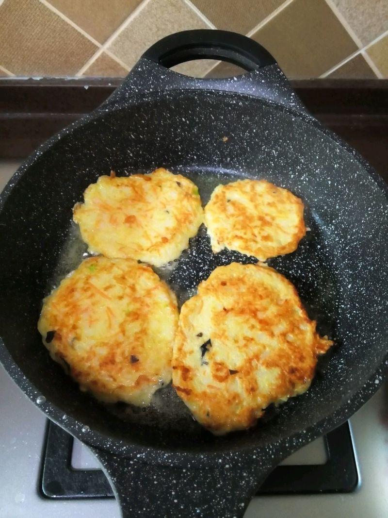 香煎饼子的做法_【图解】香煎饼子怎么做如何做好吃