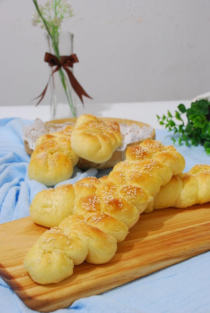 柔软辫子面包