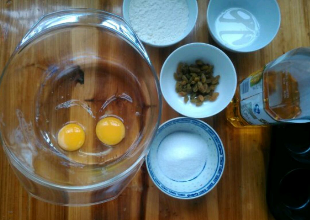 海绵纸杯蛋糕的做法步骤