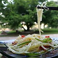 酸辣土豆丝有哪些做法 最正宗酸辣土豆丝是怎么做的_WWW.028NB.COM