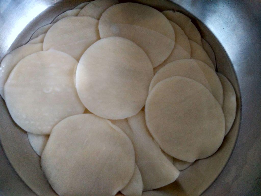 凉拌饺子皮的做法步骤