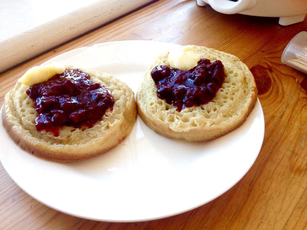 复活节美食记:有蓝莓覆盆子果酱的早餐的做法_【图解