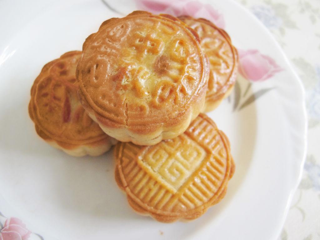 广式豆沙月饼的做法_【图解】广式豆沙月饼怎么做如何