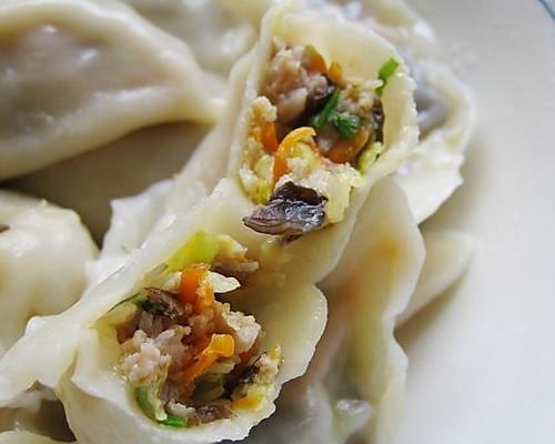 素三鲜猪肉水饺的做法 素三鲜猪肉水饺怎么做如何做好吃 素三鲜猪肉