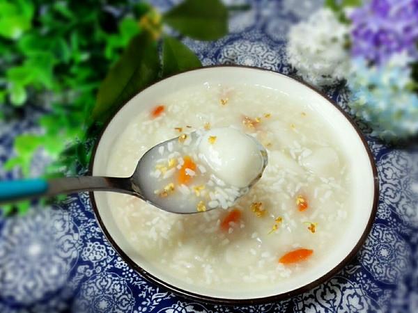 冬日里温暖甜蜜的早餐~桂花糊米酒