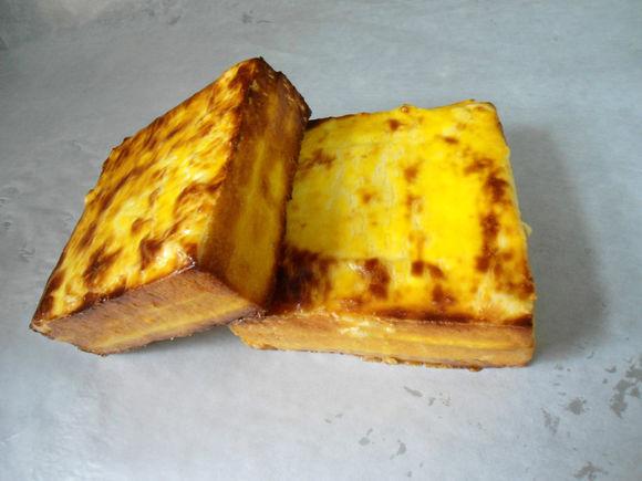 经典复刻:不用烤箱亦可岩烧乳酪/早餐土司烧(附常见奶酪种类)的做法
