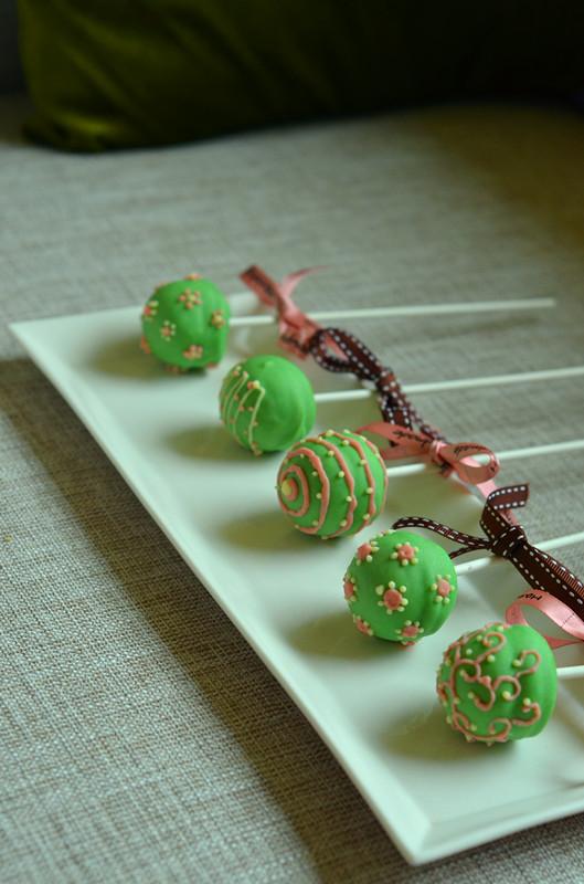 手绘巧克力棒棒糖蛋糕#长帝烘焙节#的做法步骤 6.