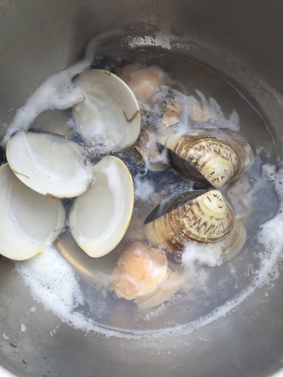海蚌蒸蛋的做法_【图解】海蚌蒸蛋怎么做如何做好吃-水芹三鲜饺子的