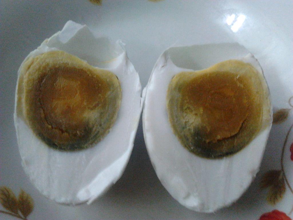 咸鸭蛋的做法_【图解】咸鸭蛋怎么做如何做好吃_咸_吕