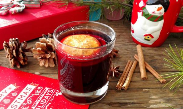 德国圣诞红酒热饮Gluehwein
