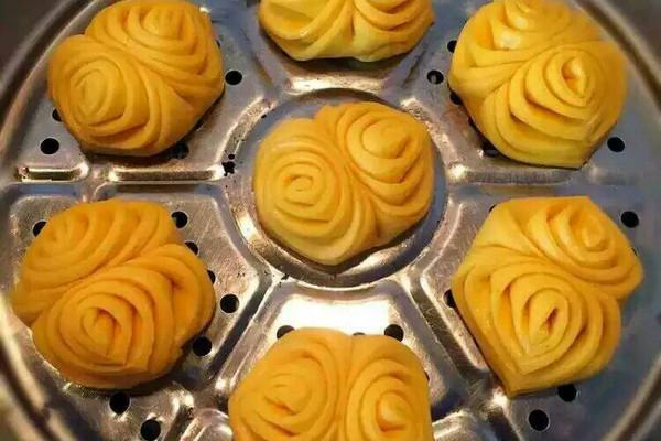 南瓜花圈的做法 南瓜花圈怎么做如何做好吃 南瓜花圈家常做法大全 透