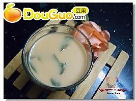 水果鼠尾草奶茶的做法