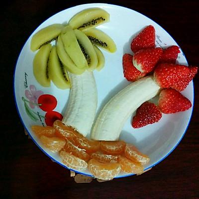 水果拼盘-椰子草莓树图片