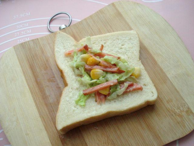 玉米沙拉三明治卷的做法步骤