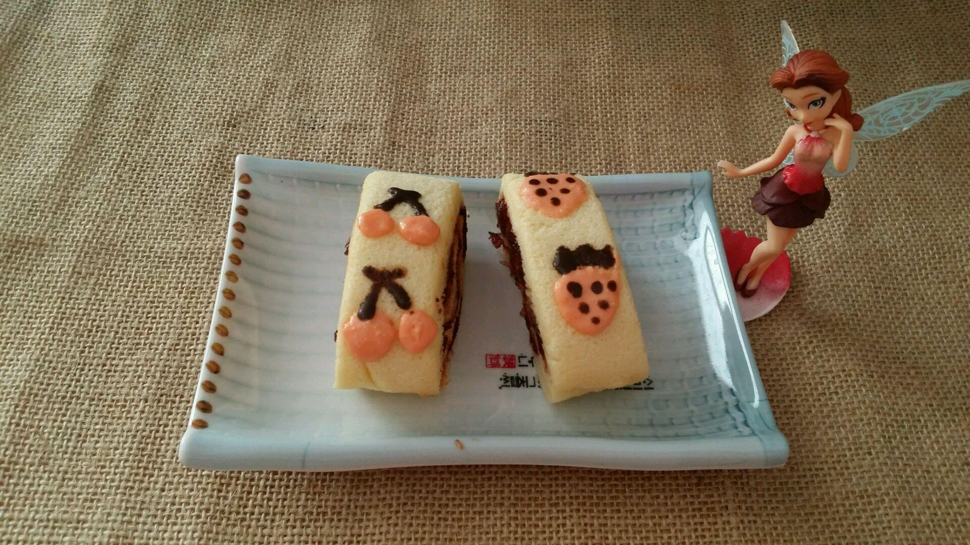 萌萌的手绘毛巾卷蛋糕