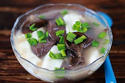 鸡血豆腐汤
