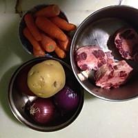 土豆牛尾排骨汤的番茄_【小心】土豆番茄做法不图解吃了未煮熟的牛尾图片