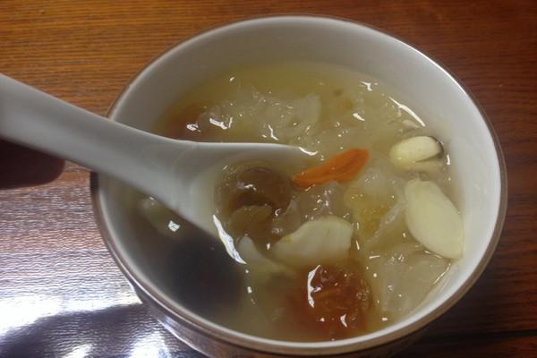 做法皂角米清炖桃胶百合汤的莲子_【图解】桃菜谱汁调图片