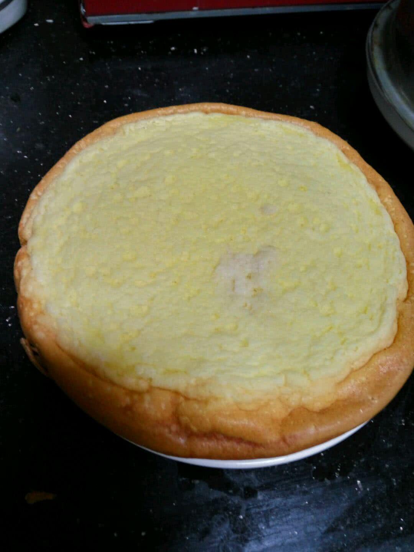电饭锅乳酪蛋糕的做法步骤 1.