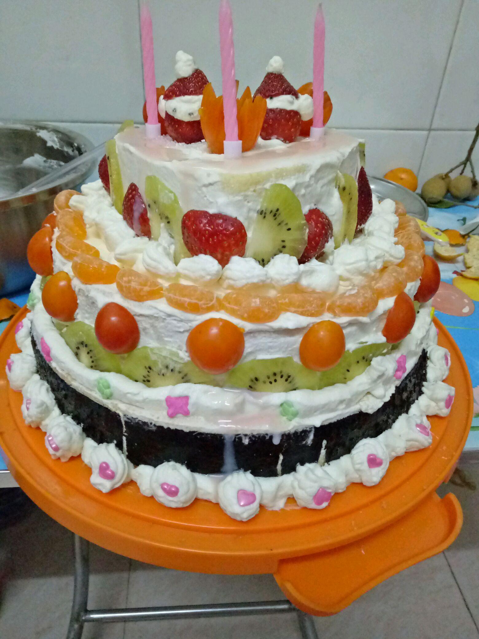 火龙果半个 糖果颗粒裱花质量 海苔美好时光6包 小橘子4个 威风蛋糕的