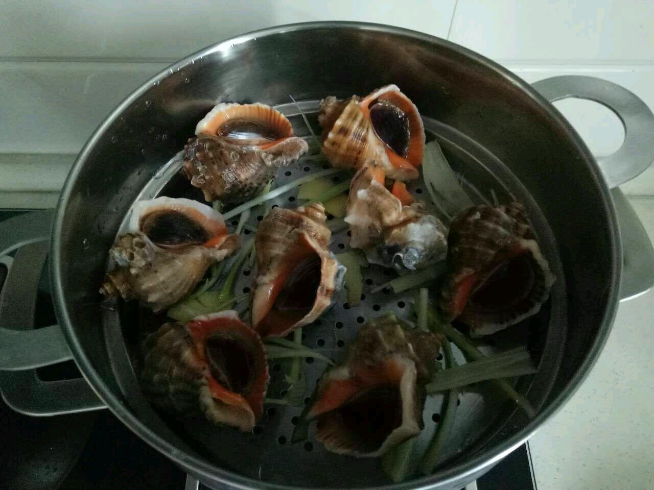 清蒸海螺的做法图解1