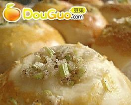 葱香…面包!的做法