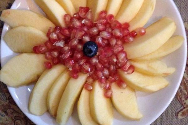苹果石榴水果拼盘的做法步骤