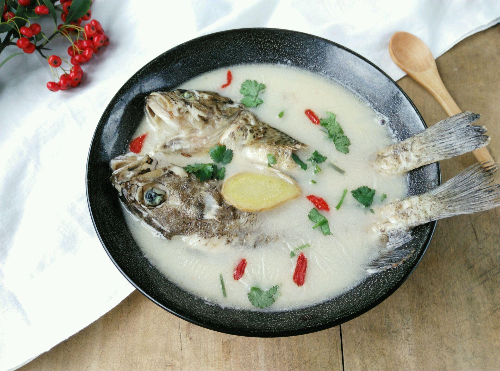 嫩豆腐鲜鱼汤