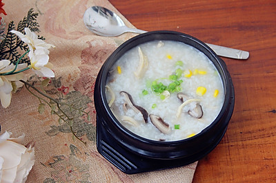 香菇鸡肉粥