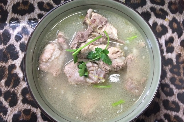 清炖排骨的菜谱教程长痘吃红豆图片