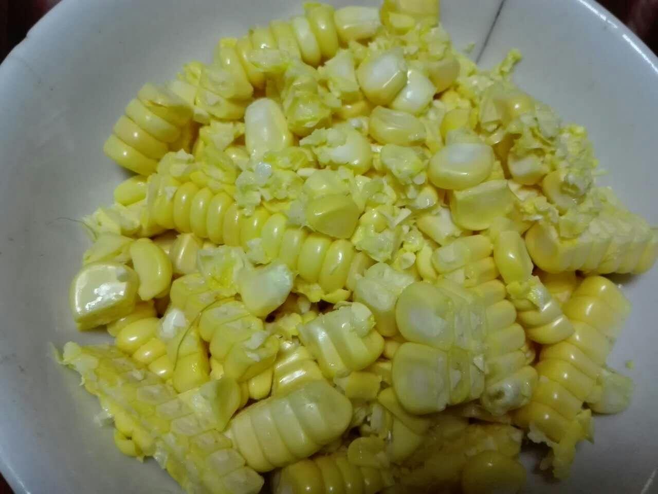 奶香玉米汁的做法图解1