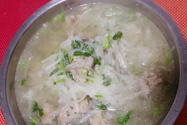 萝卜丝丸子汤的做法_【图解】萝卜丝丸子汤怎