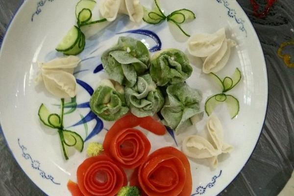荸荠猪肉白菜陷饺子的做法_【图解】荸荠猪肉白菜陷做