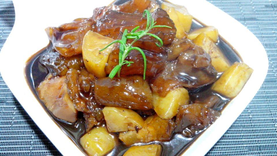 土豆卤牛步骤禁忌卤汤牛辅料烧蹄筋的猪肝蹄筋本菜谱的吃做法补血的四大主料图片