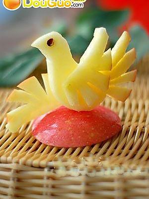 苹果鸟的做法 水果拼盘的做法 苹果鸟的做法 水果拼盘怎么做如何做好