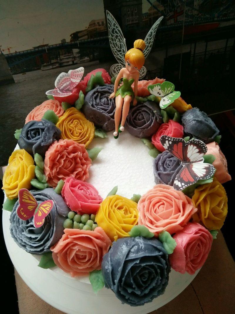 时间:1小时以上       主料 豆沙500克 韩式裱花蛋糕的做法步骤