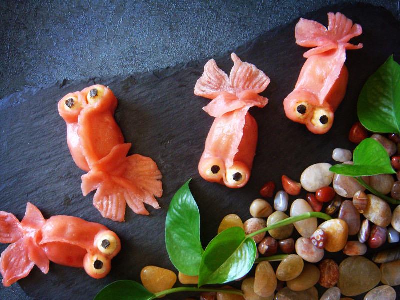 金鱼食物简笔画