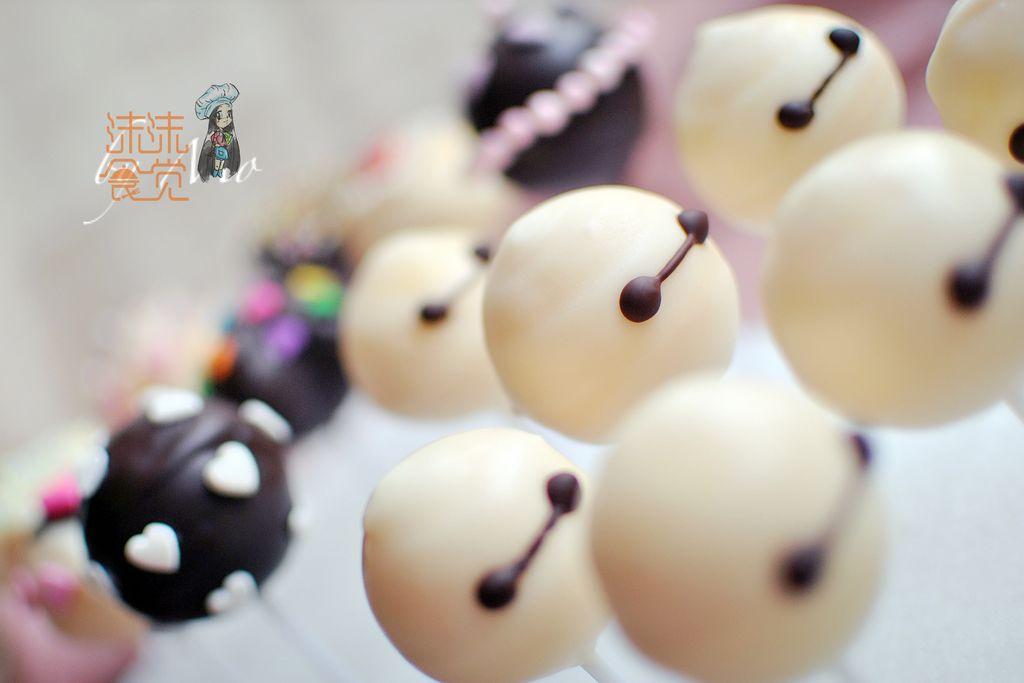 黑巧克力20克 就是爱大白 第二波棒棒糖蛋糕来袭的做法步骤 小贴士 1.