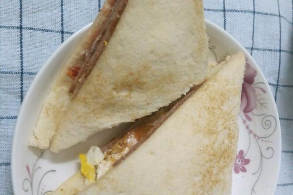 家庭版三明治的做法_【图解】家庭版三明治怎么做如何
