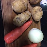 #毁灭厨房系列#超随意的日式排骨炖鸡蛋的做土豆和肥牛图片
