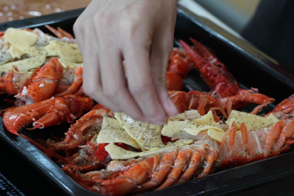 芝士焗龙虾的做法步骤