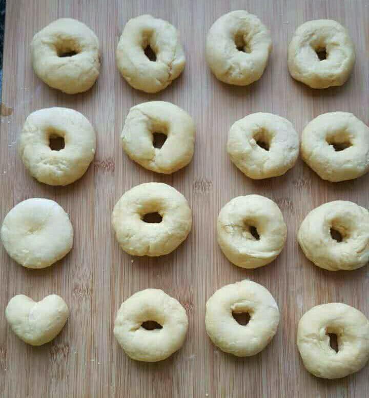 美味甜甜圈的做法_【图解】美味甜甜圈怎么做如何做