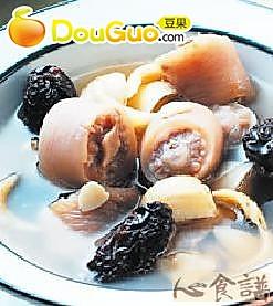 百合南北杏猪尾汤的做法