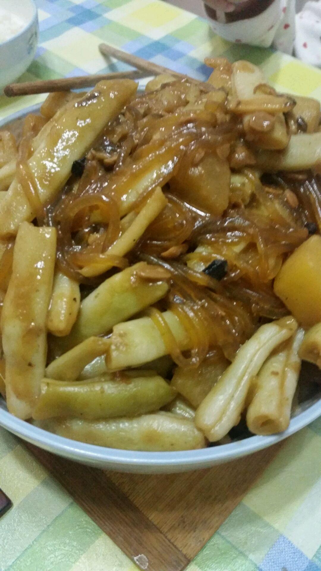 东北菜~土豆炖豆角的做法_【图解】东北菜~土豆炖豆角